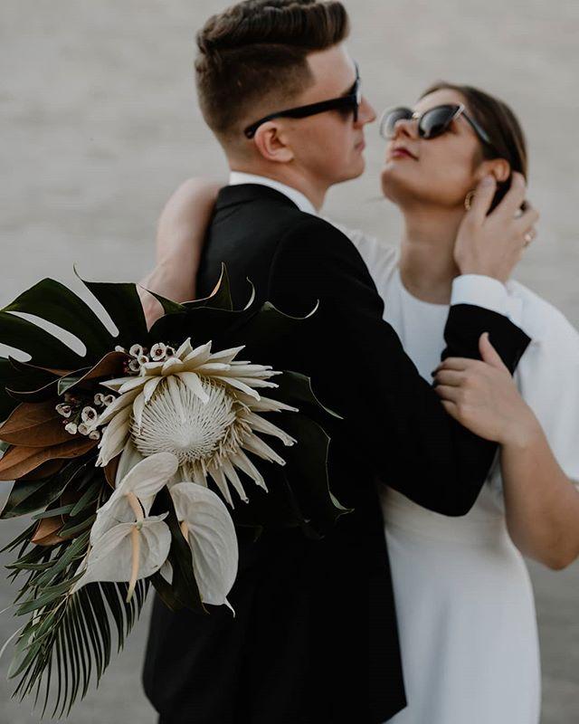 #weddingideas  Puokštė: @zolynai . . . . . #modernbride #vestuviufotosesija #vestuvesmieste #sandratamos #cityweddings #bridetobe2019 #weddingbouquet #fotografaslietuvoje #vestuvesvilniuje #weddinginsporation #weddingdecor #vestuviufotografas #30risingstars #wayupnorth