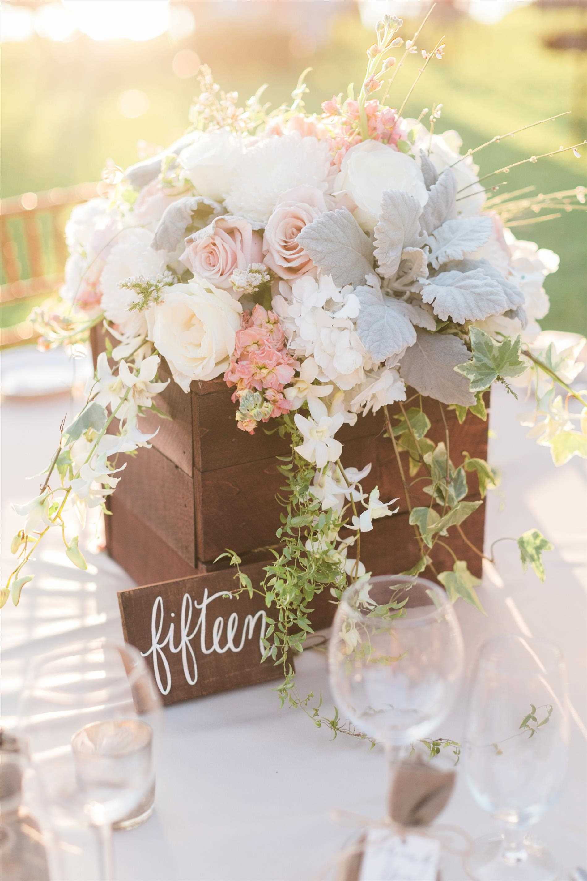 Flower-Arrangement-Ideas-Wedding-flowers-ideas-beautiful-purple-spring-flower-design-wedding-Flower-Arrangement-Ideas-Wedding.jpg