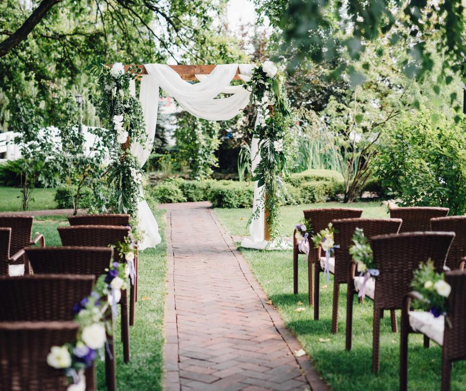 LIS Weddings (9).png