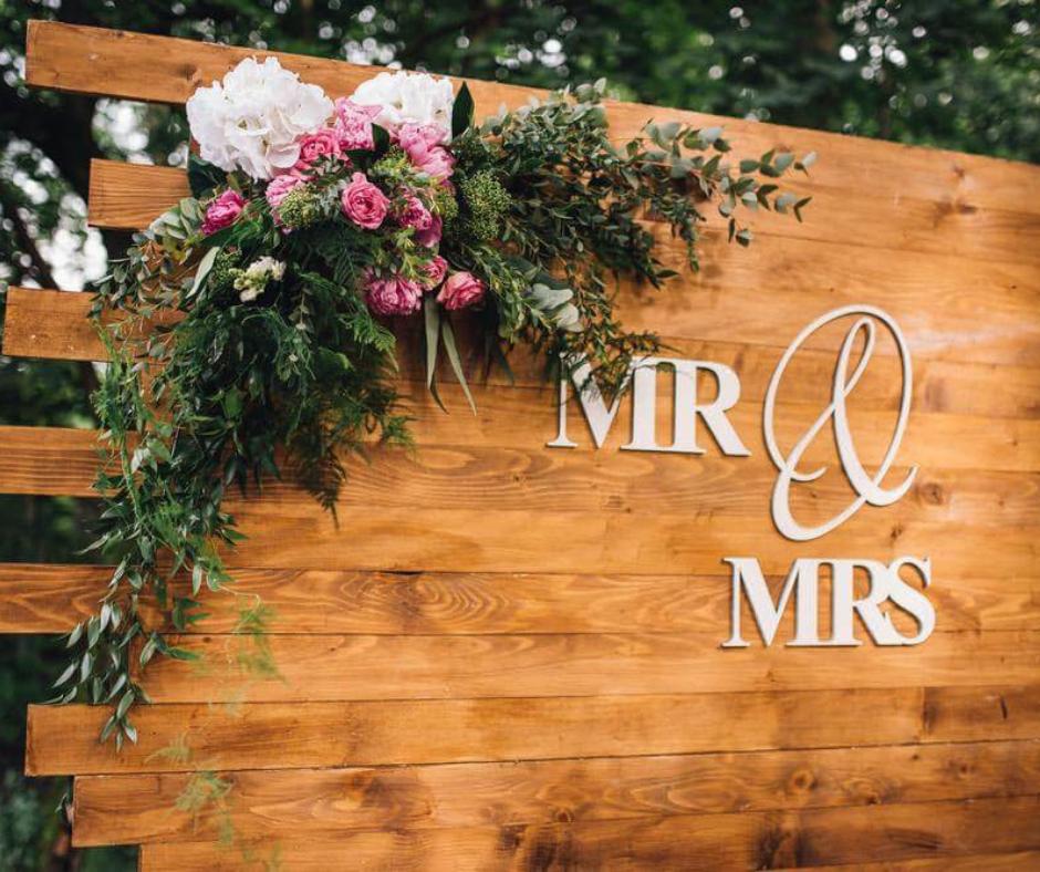 LIS Weddings (11).png