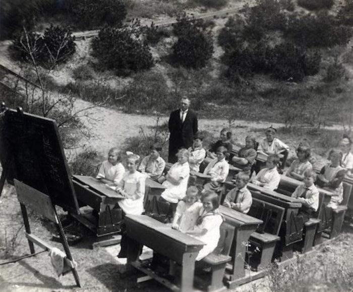 outdoor-school-SFA022818974.jpg