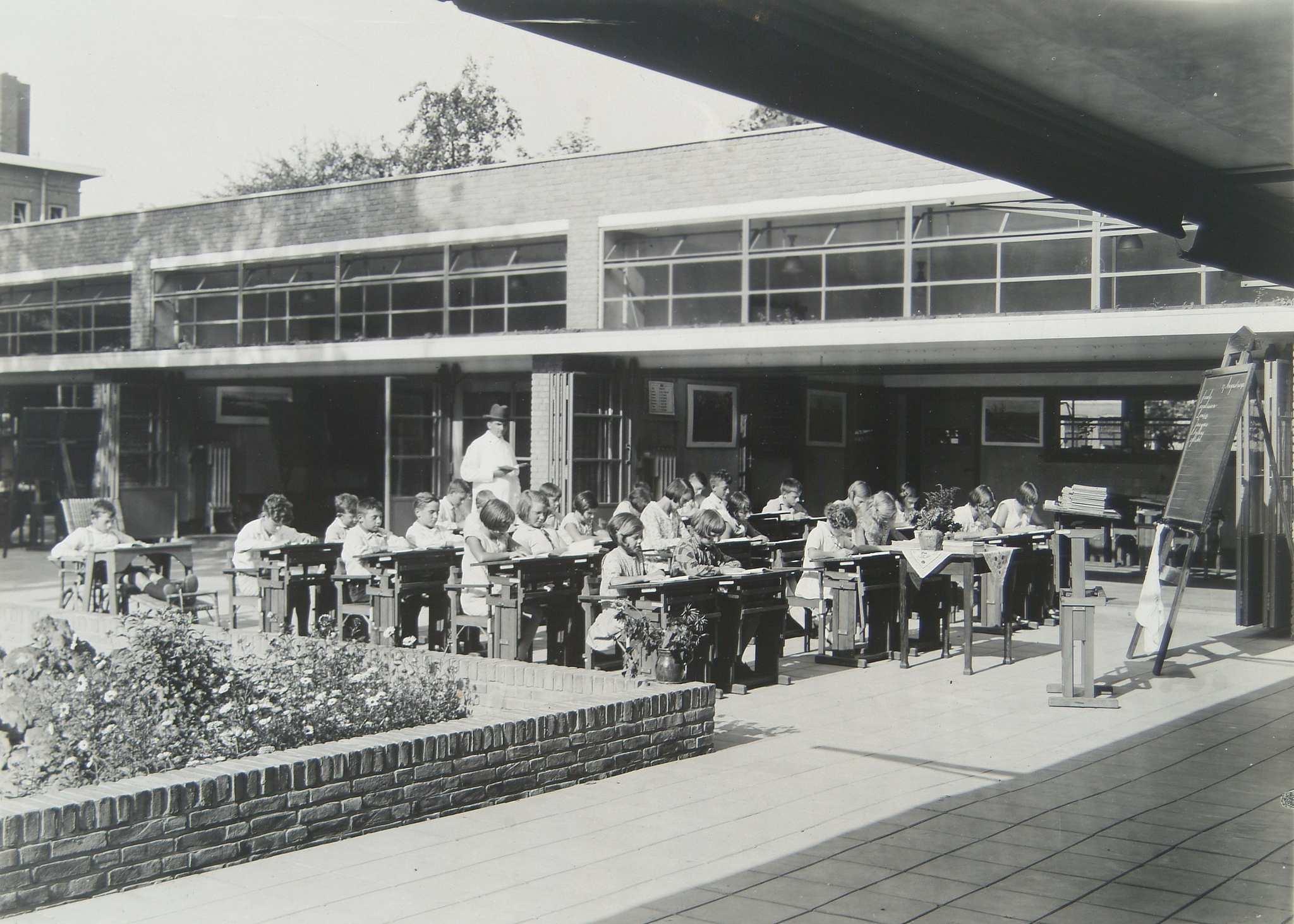outdoor-school-serveimage.jpeg