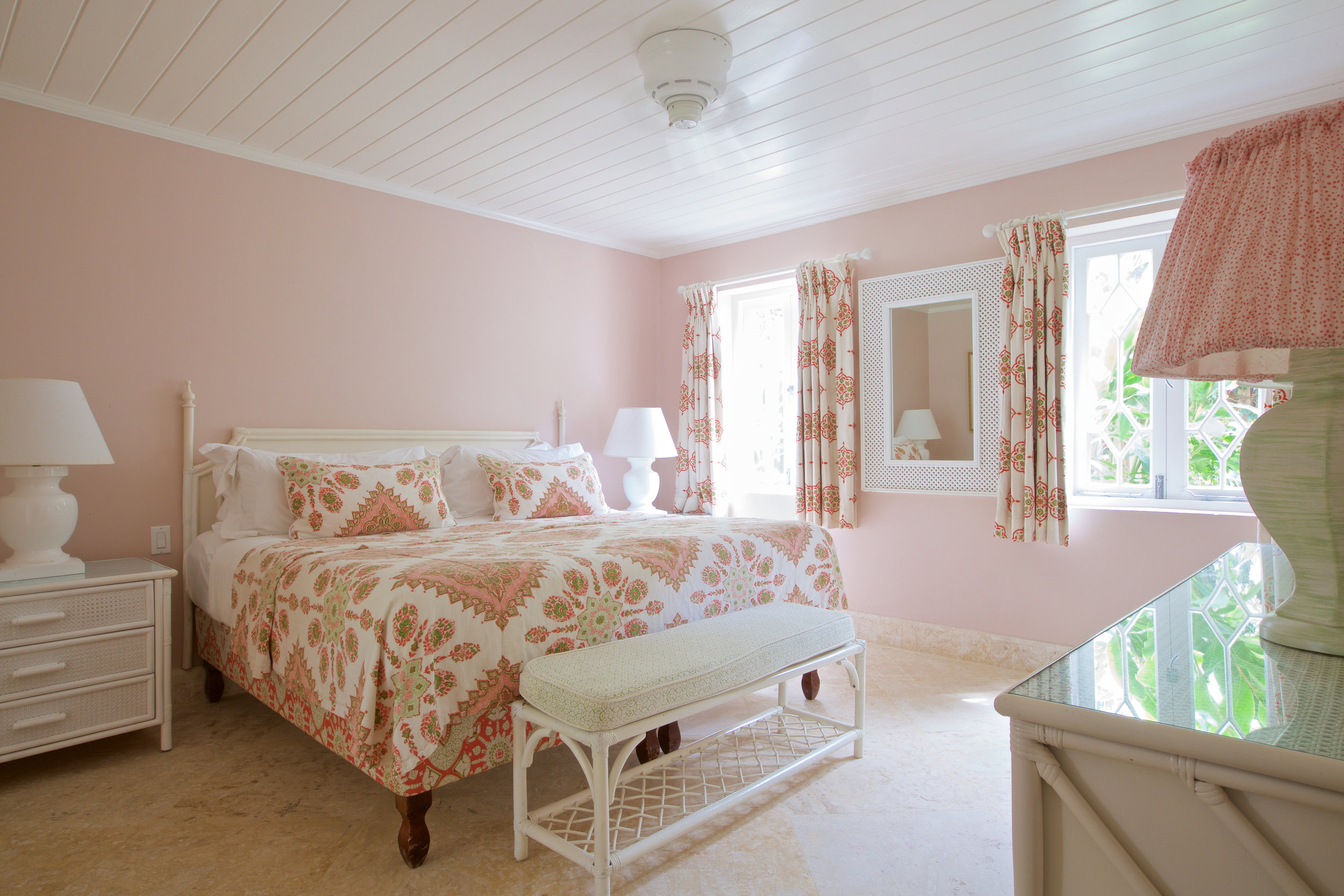 COBBLERS COVE GARDEN VIEW BEDROOM (2).jpg