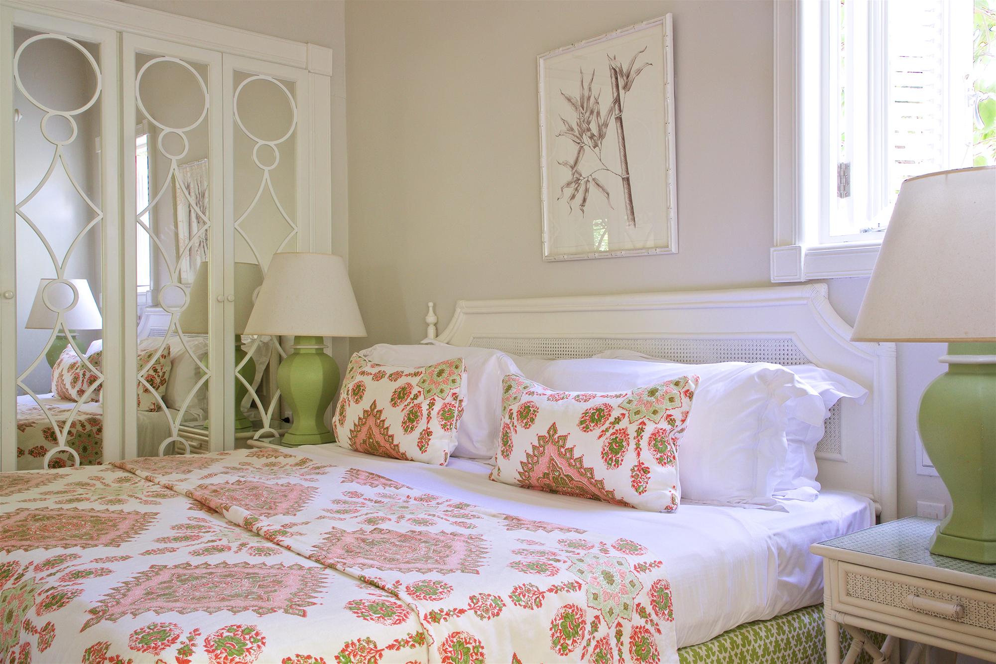 COBBLERS COVE TWO ROOM SUITES BEDROOM.jpg