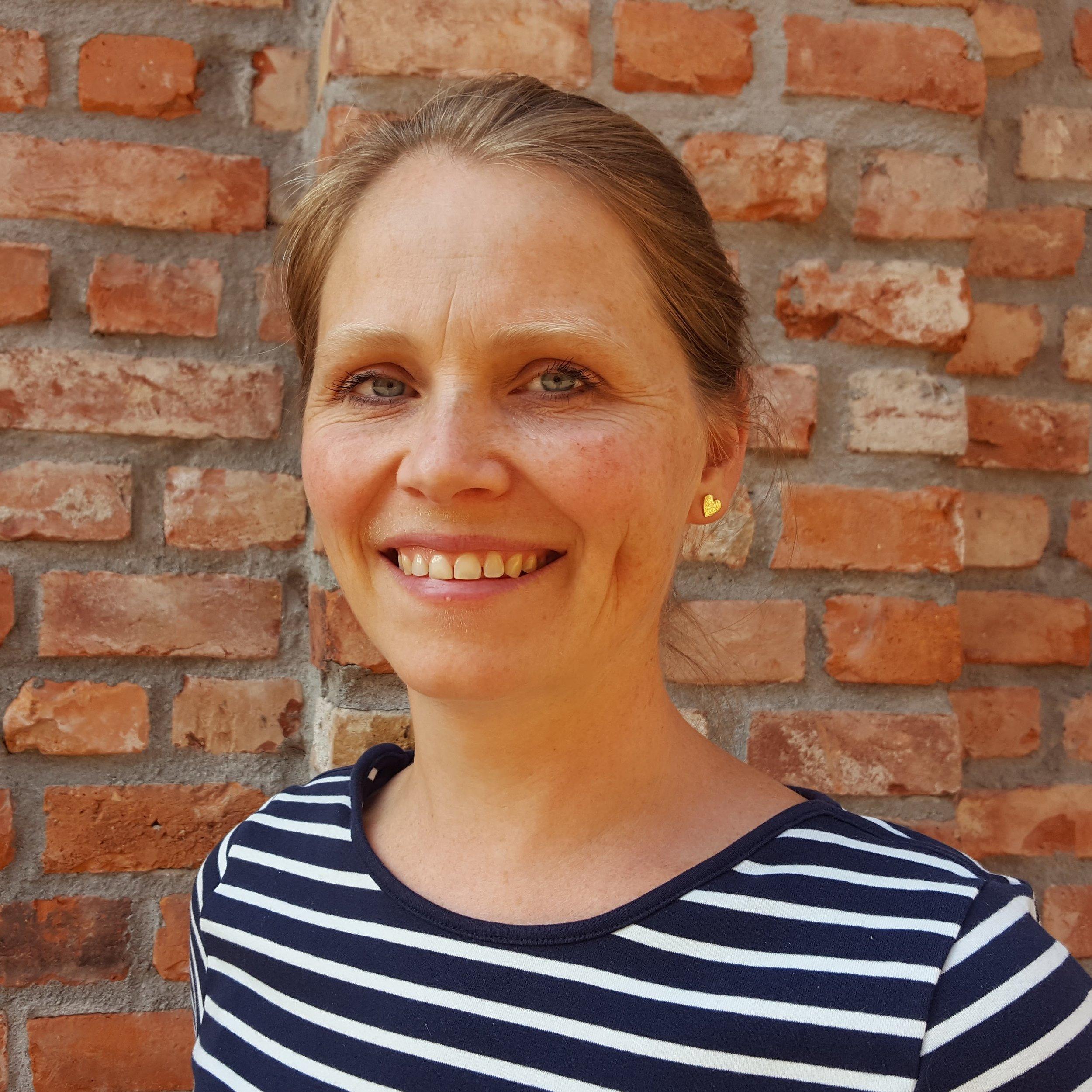 Anne Elisabeth Sæter Daglig leder Kunst i skolen anne.saeter (@) kunstiskolen.no