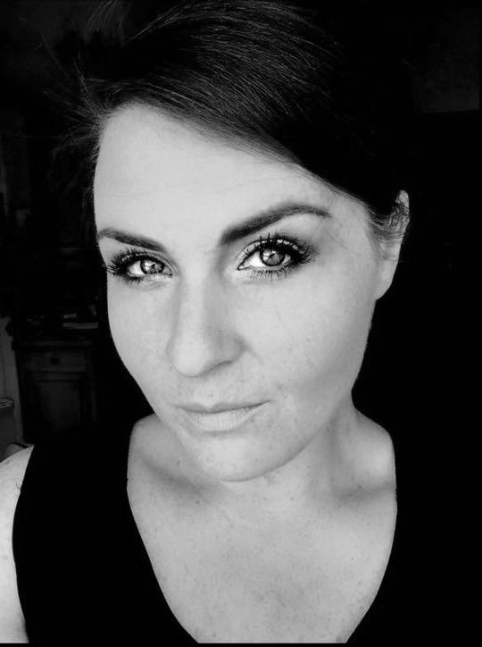 Lisa Friesen    Vocal Coach
