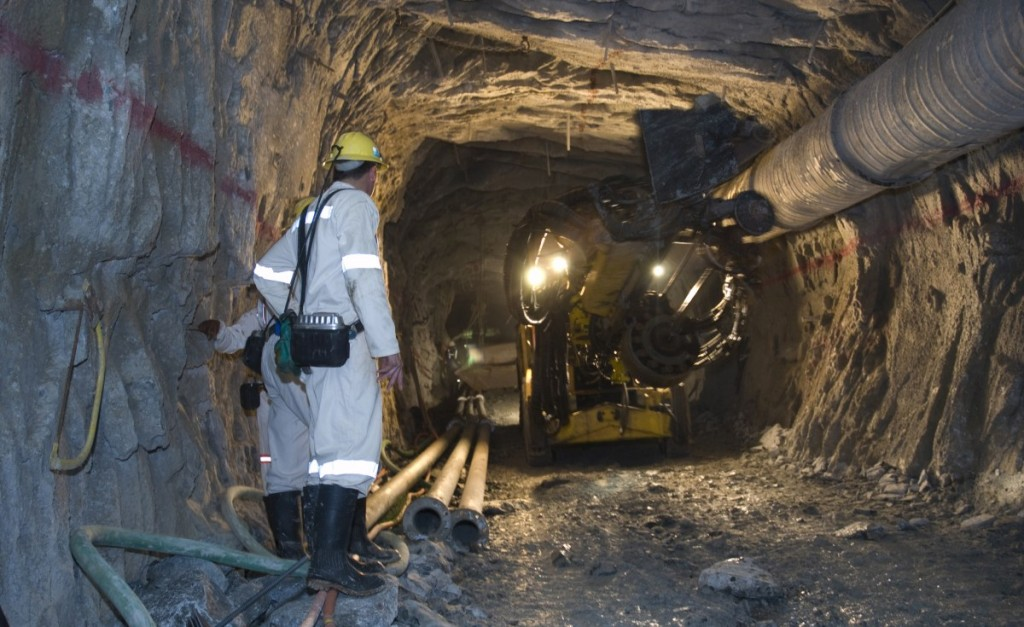 Miners-Underground-1024x627.jpg