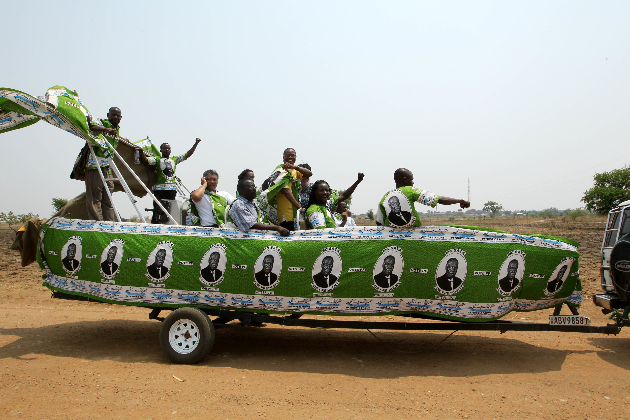 Lubinda-with-PF-members-during-campaigns.jpg