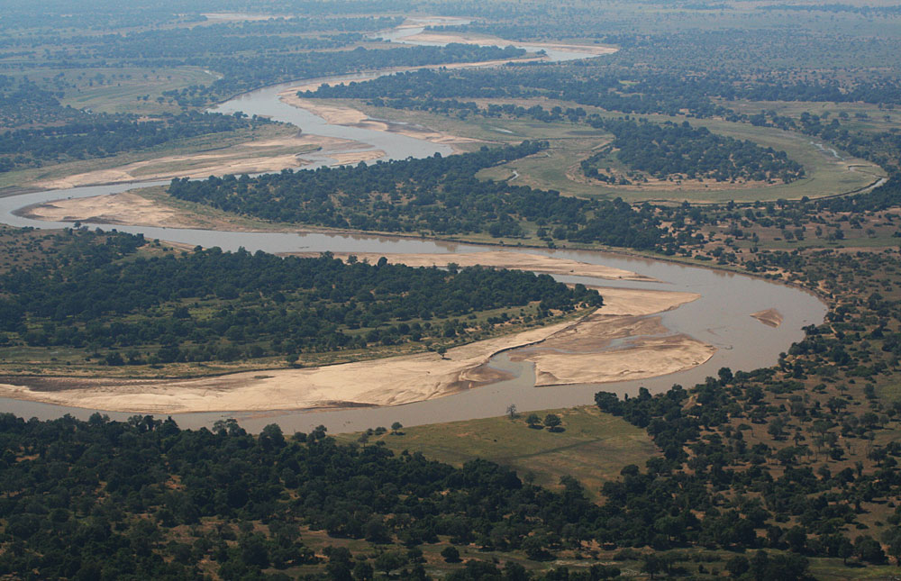 North_Luangwa_National_Park_005.jpg
