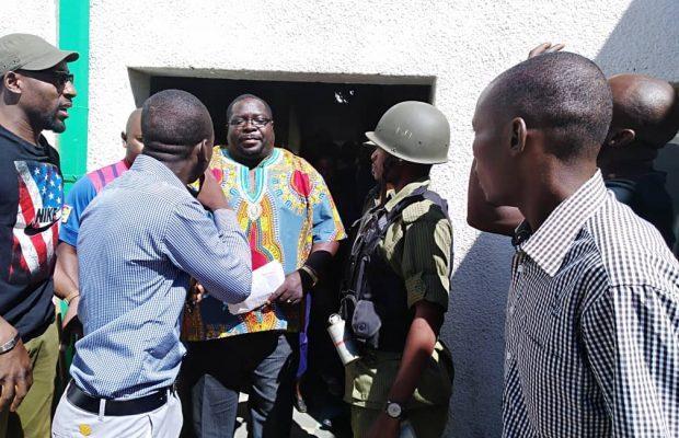 Kambwili-at-Power-FM-in-Kabwe-620x400.jpg