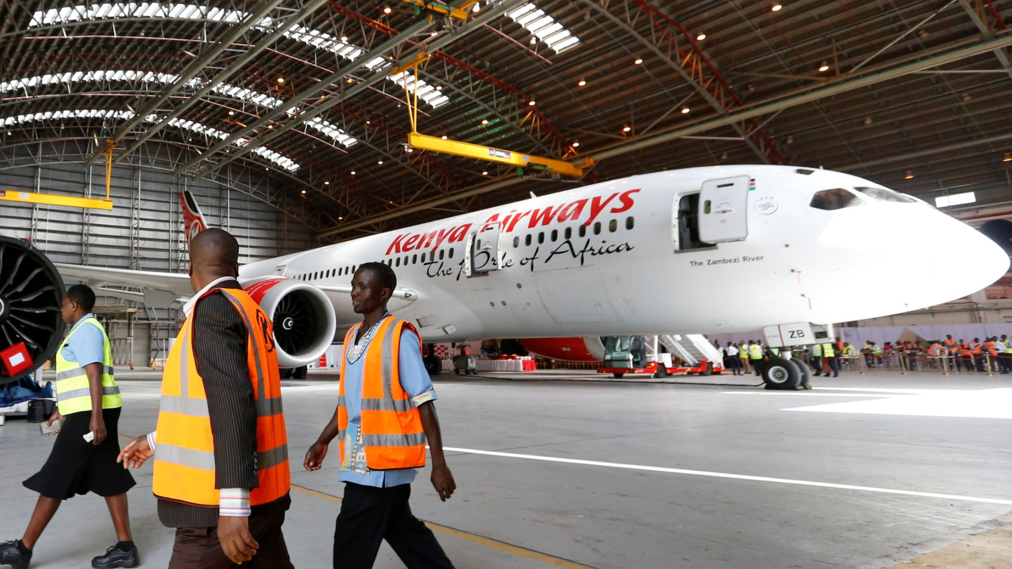 skynews-dreamliner-kenya-airways_4707553.jpg