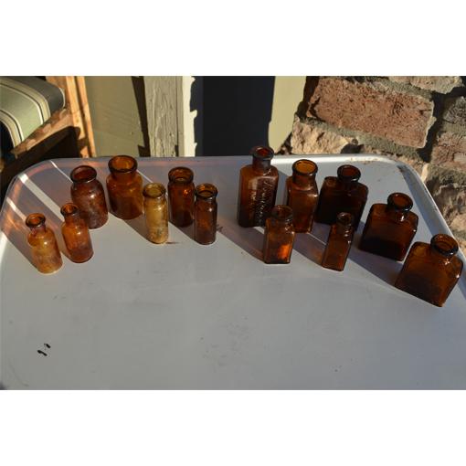 amber bottles1.jpg