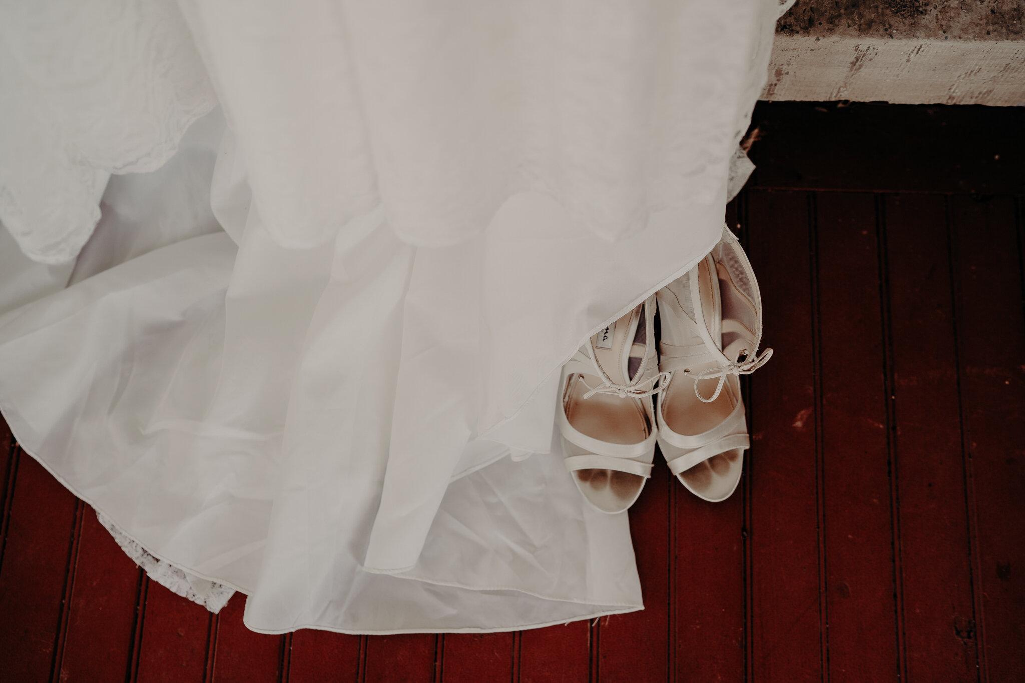 Amanda + Eric Wedding Cobblestone wedding barn -01394.jpg