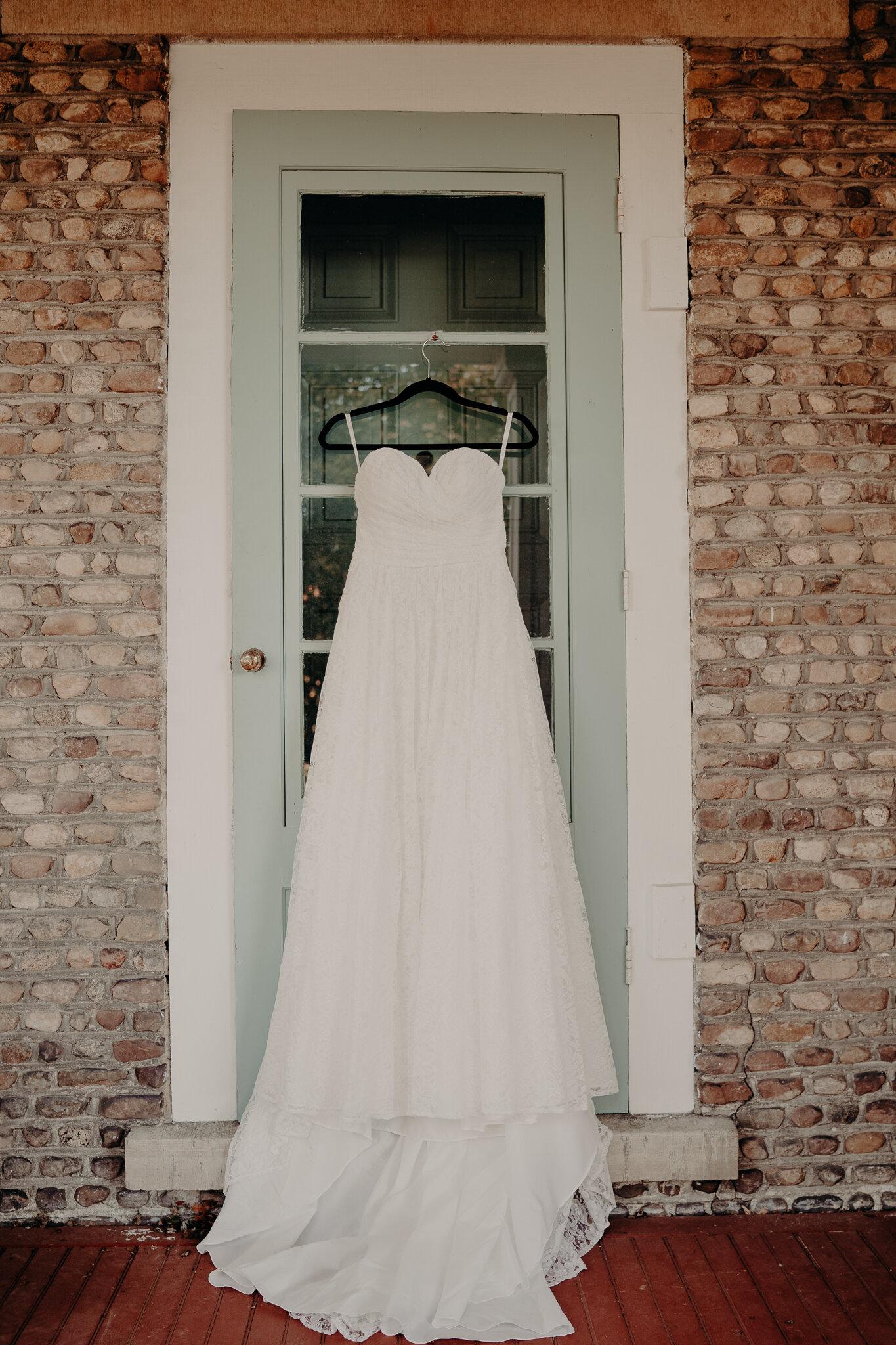 Amanda + Eric Wedding Cobblestone wedding barn -01389.jpg