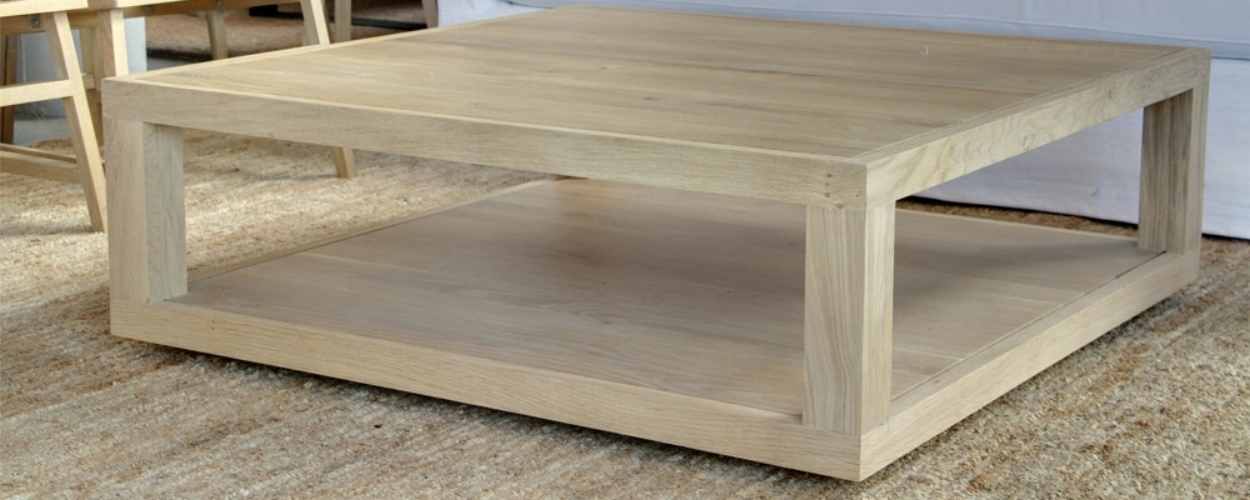 mesa bàsica minimalista