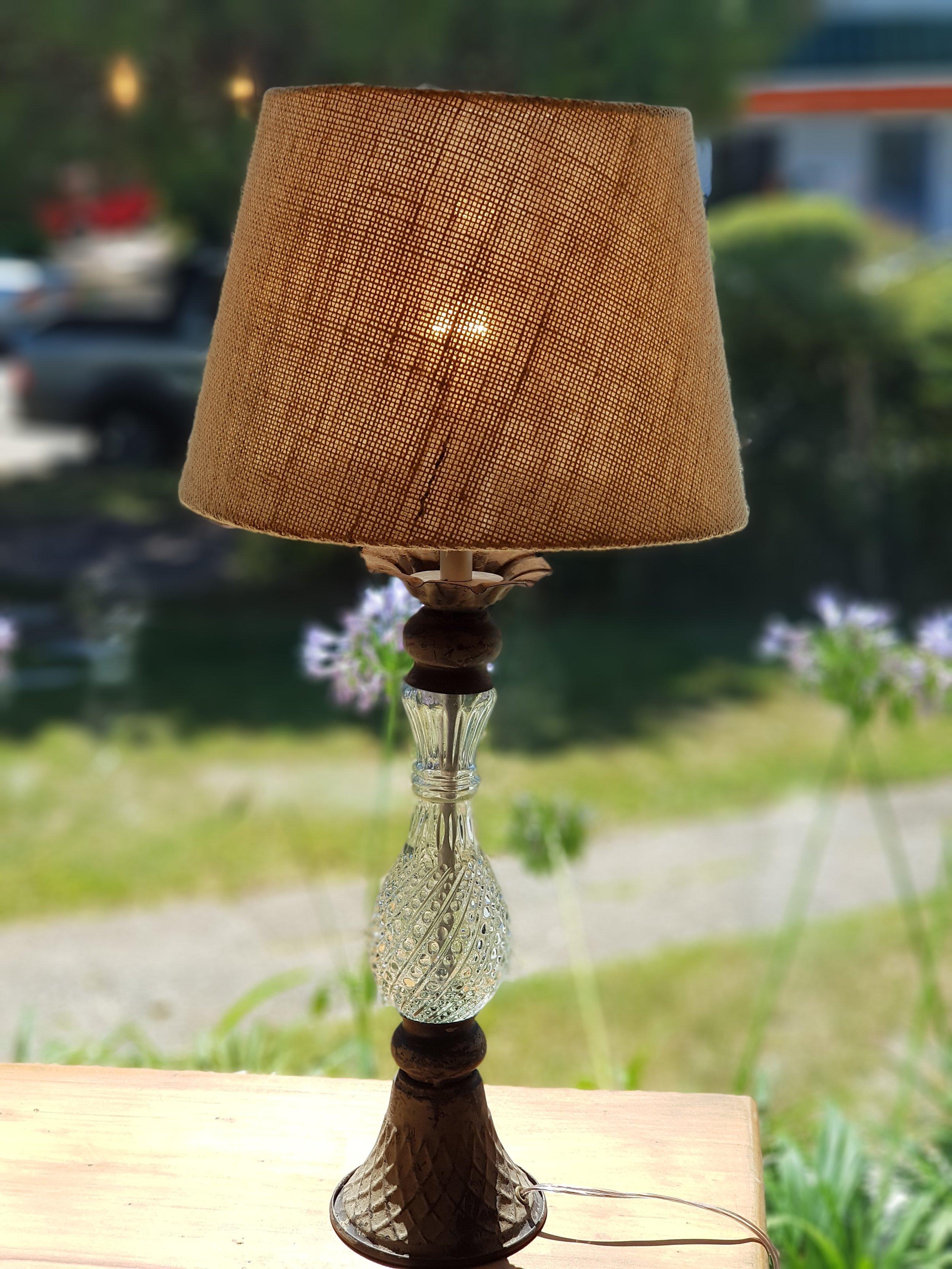 Lámpara de Hierro y Cristal