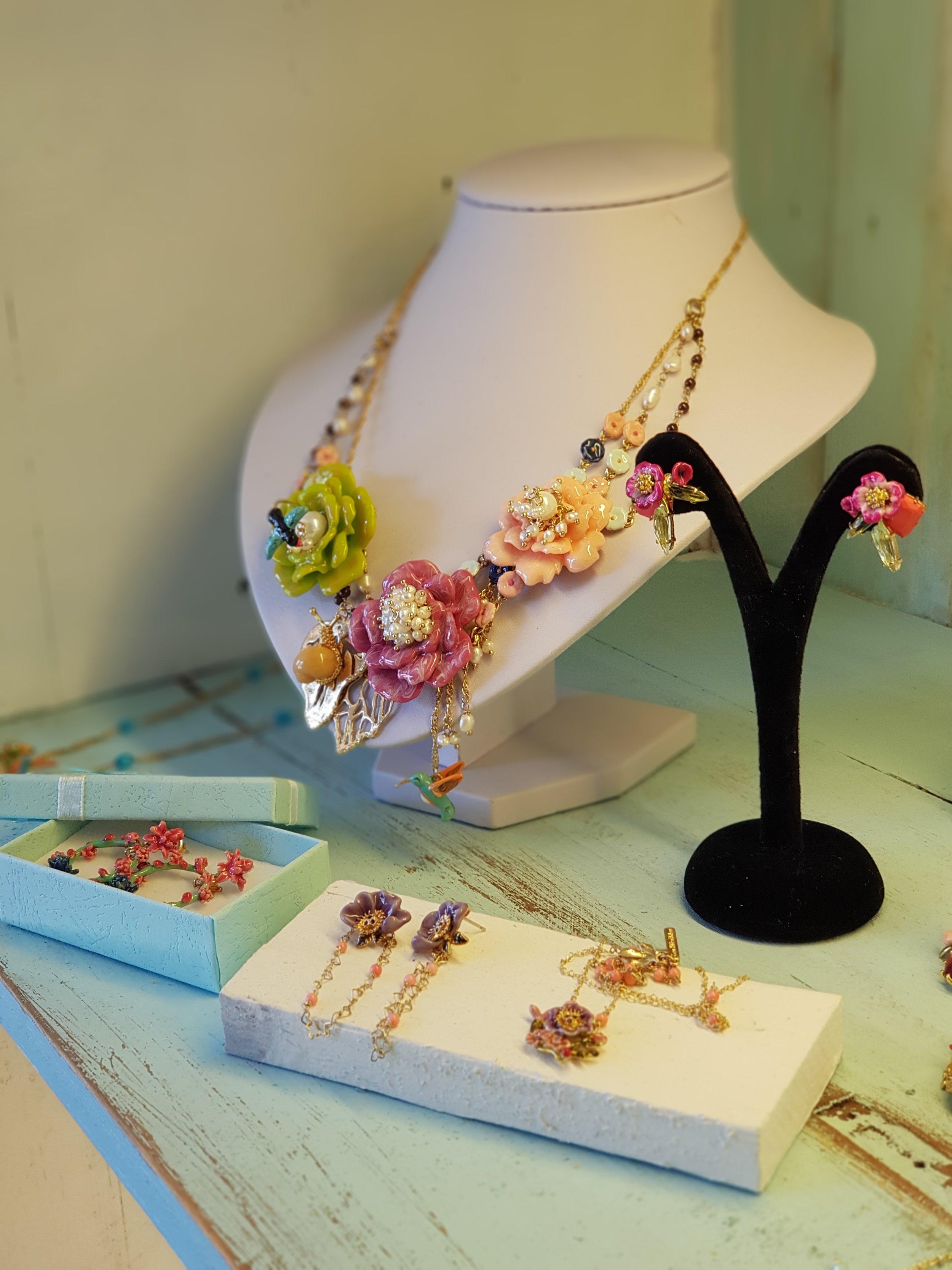 Collar flores les fleurs animales baño de oro