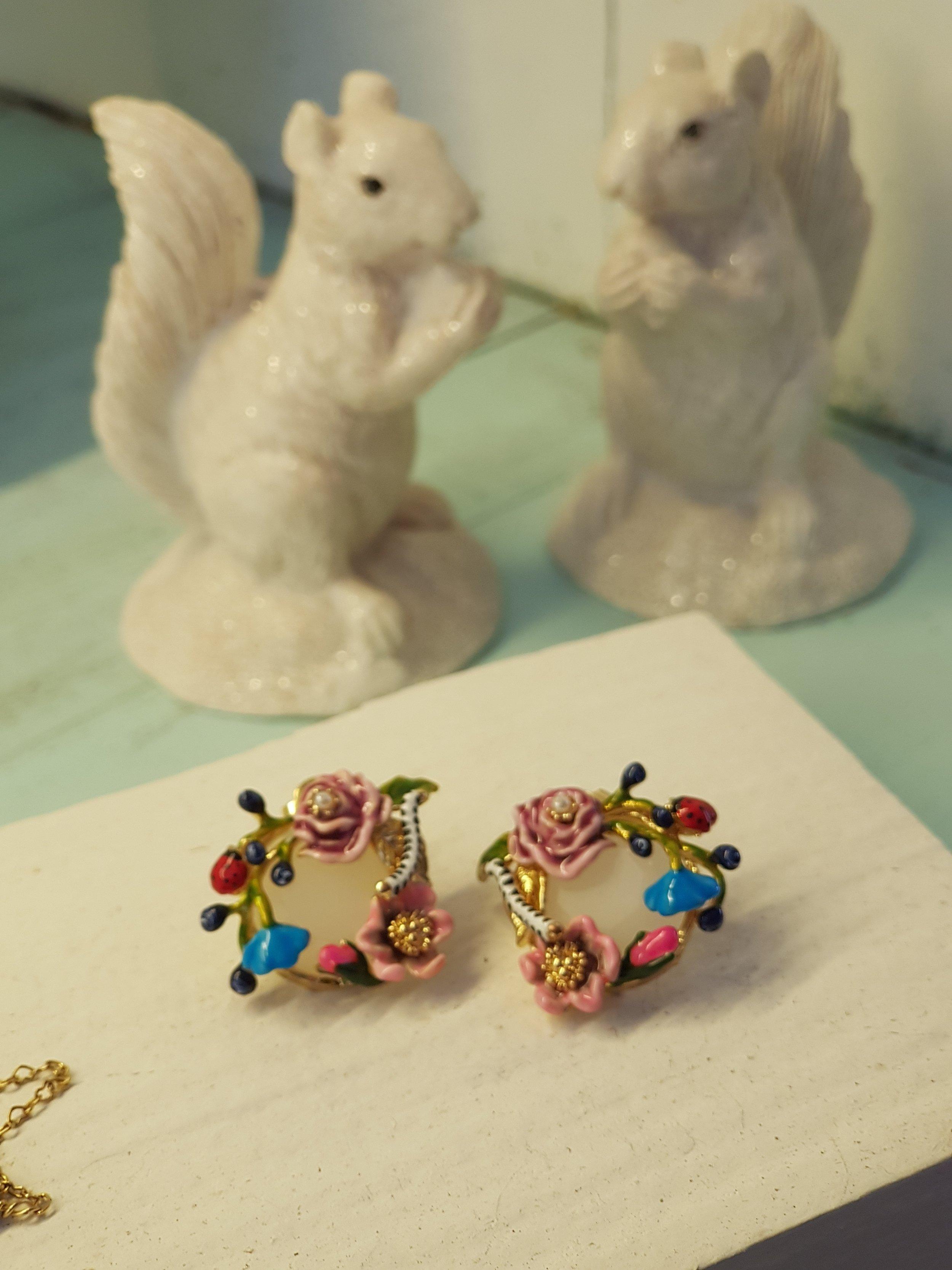 Caravanas flores piedra semi preciosa oro les fleurs