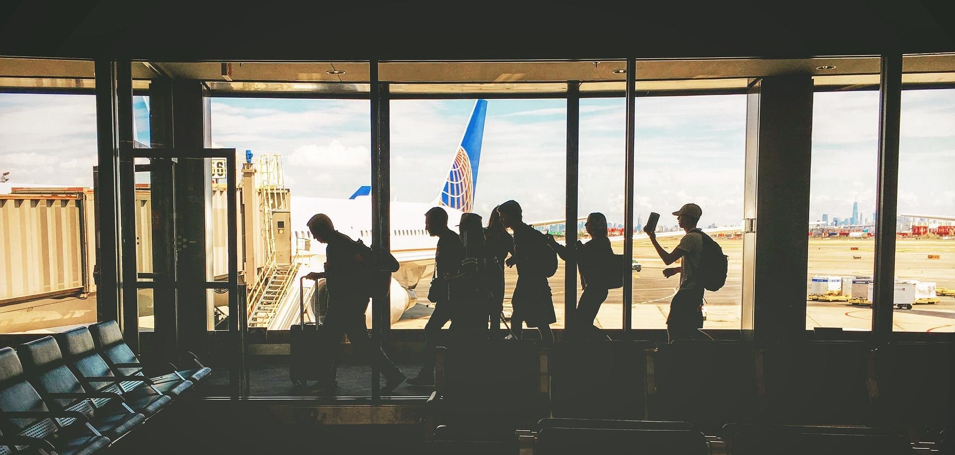airline_travel_marketing_copywriter.jpg