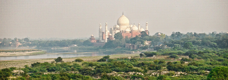 sqr+sp+Taj+Mahal+river.jpg