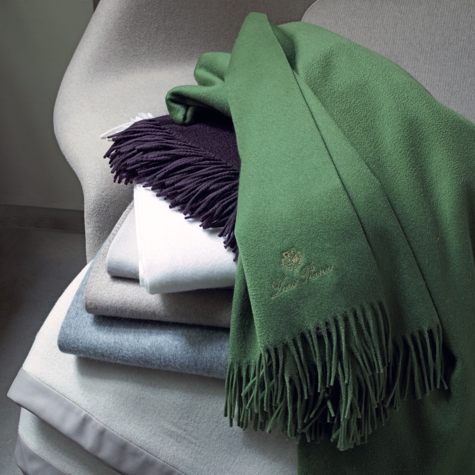 Loro Piana Interiors - Exclusive fabrics in cashmere, merino wool, cotton, silk and linen for decor and furnishing, supplied to architects, interior designers and discerning clients. Loro Piana offers unique resources for creating living spaces imbued with the same effortless elegance and personality its clothing is renowned for.