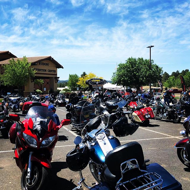 Two more days! 😎 #ruidosorally . . . #goldenaspenrally #aspencashrally #ruidoso #exploreruidoso #ruidosonm #motorcyclerally #motorcycles