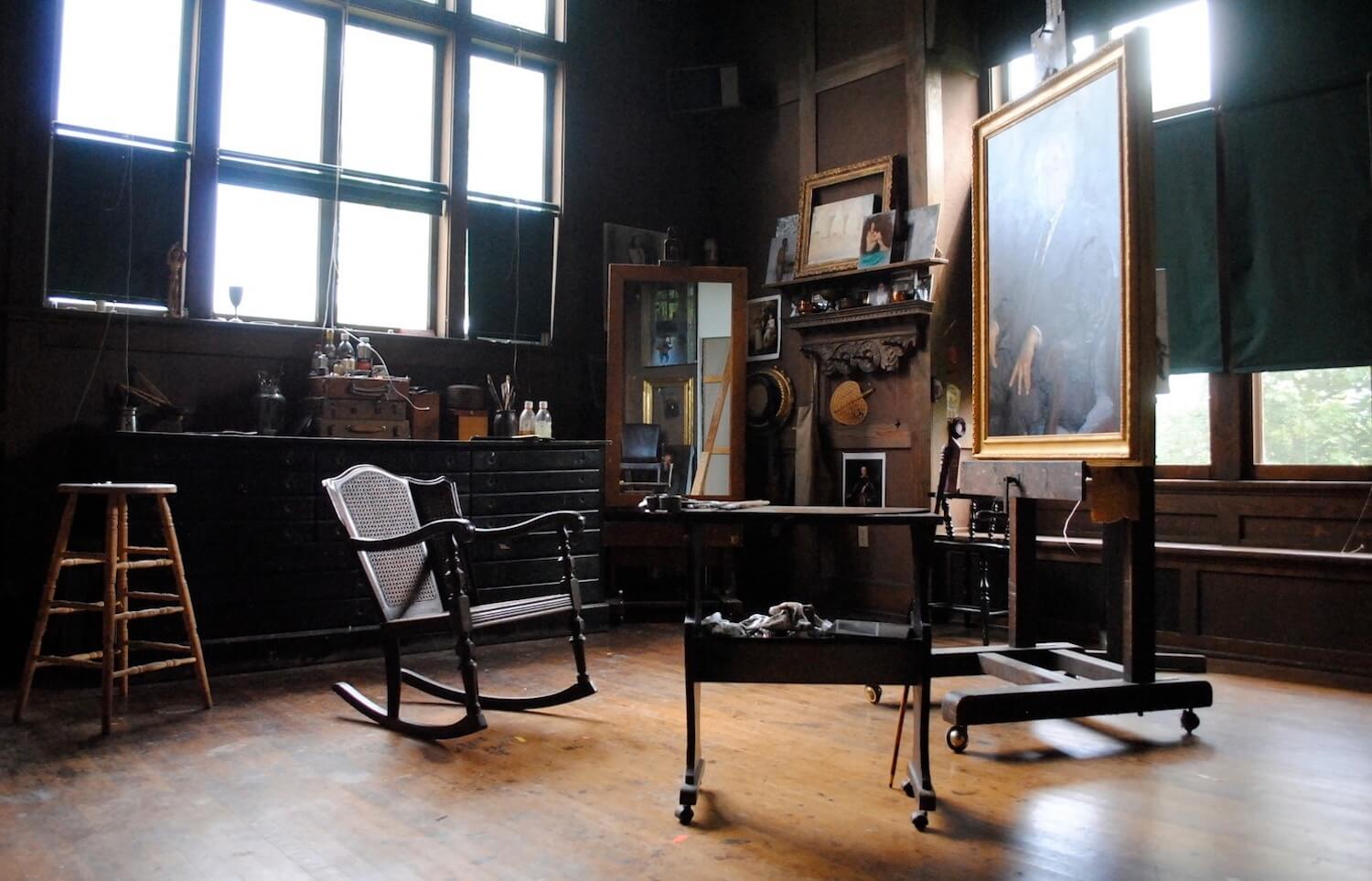 Historic Wessel House studio with Duveneck easel