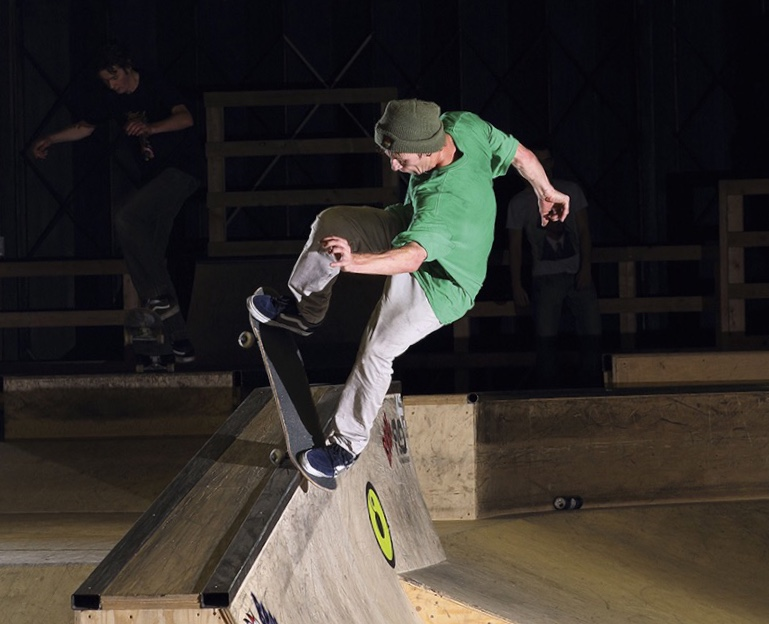 Dan Wileman - UK Champs 2013 - nosegrind - photo Horse Cropped.jpg