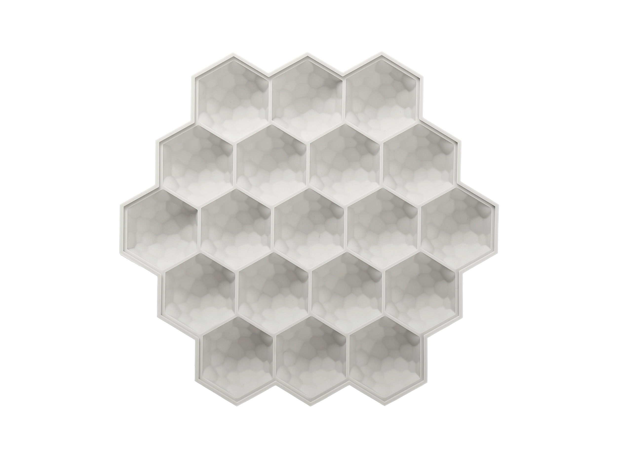 Honeycomb-Ice-Cube-Tray-Beige_CD033.JPG