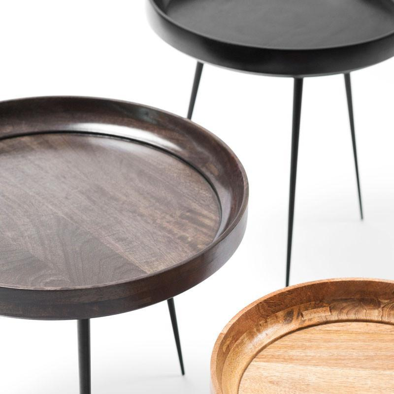 Bowl table in different finishes