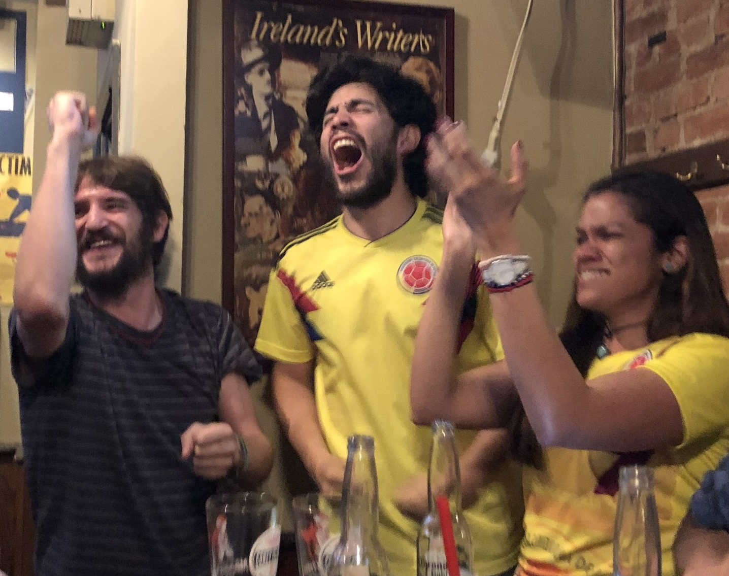 Nico converts the lab to Colombia fans during the 2018 World Cup