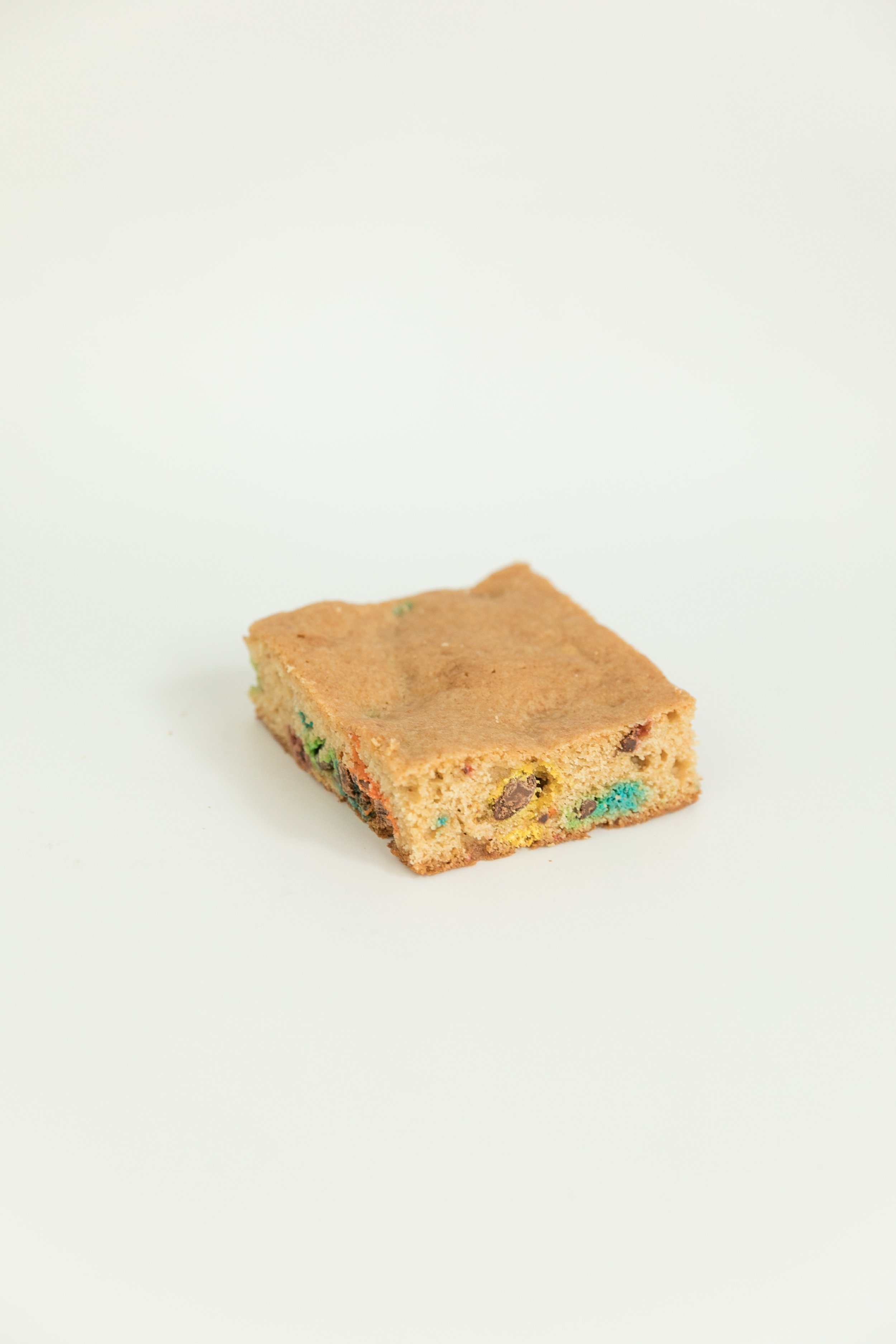 mini chip blondies filled with m&ms and chocolate chips