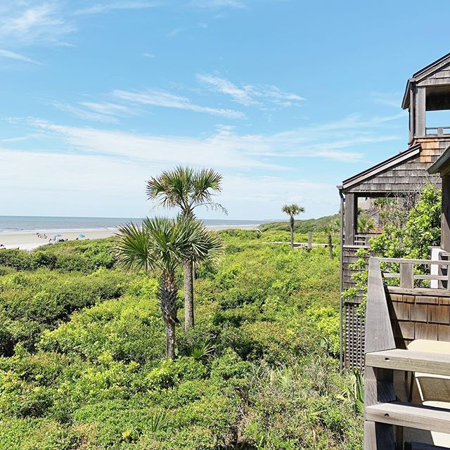 the ocean views from this Windswept villa sure did wow our clients this afternoon 🙌 #kiawah