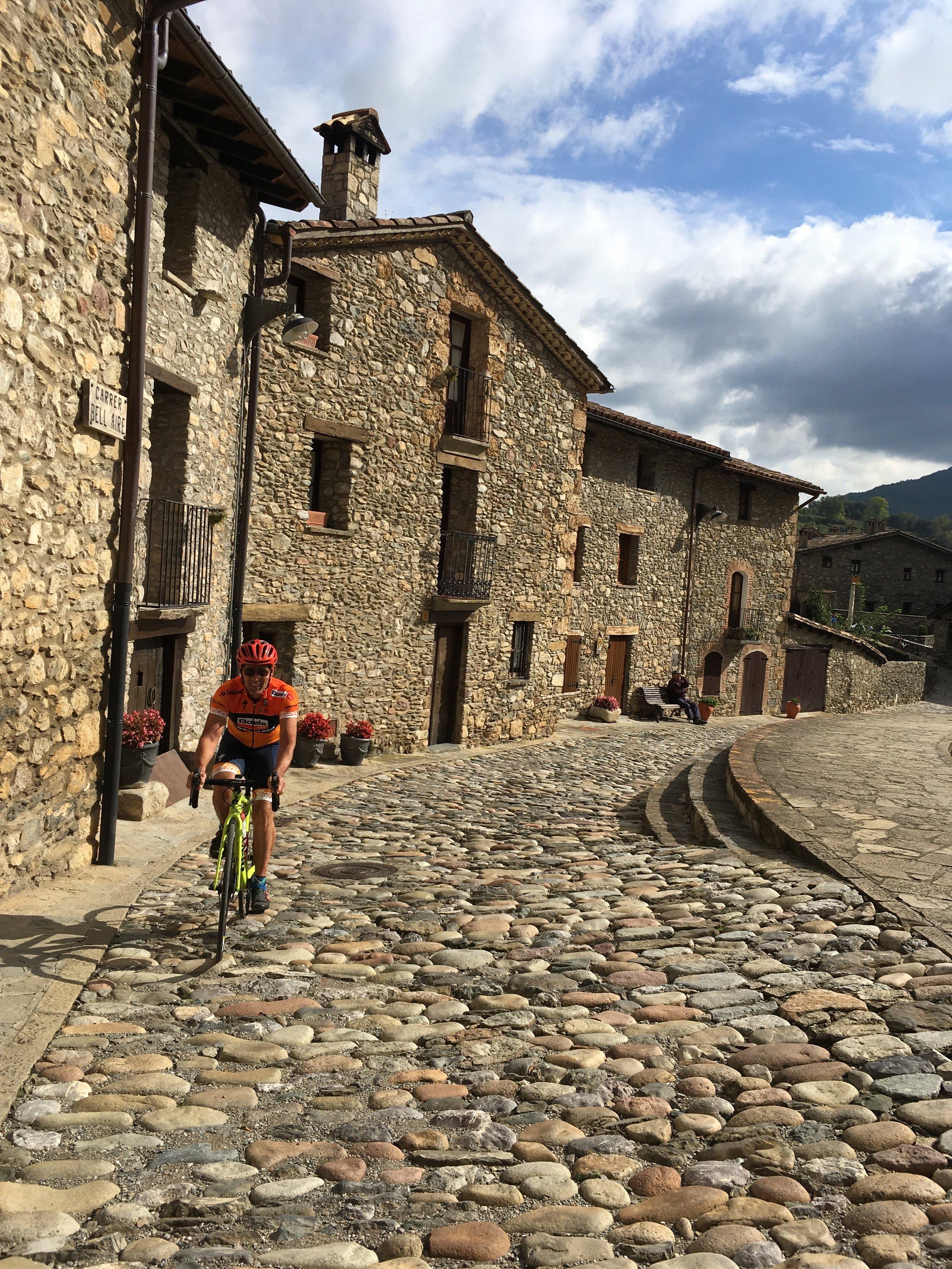 Ashleigh Girona Tour