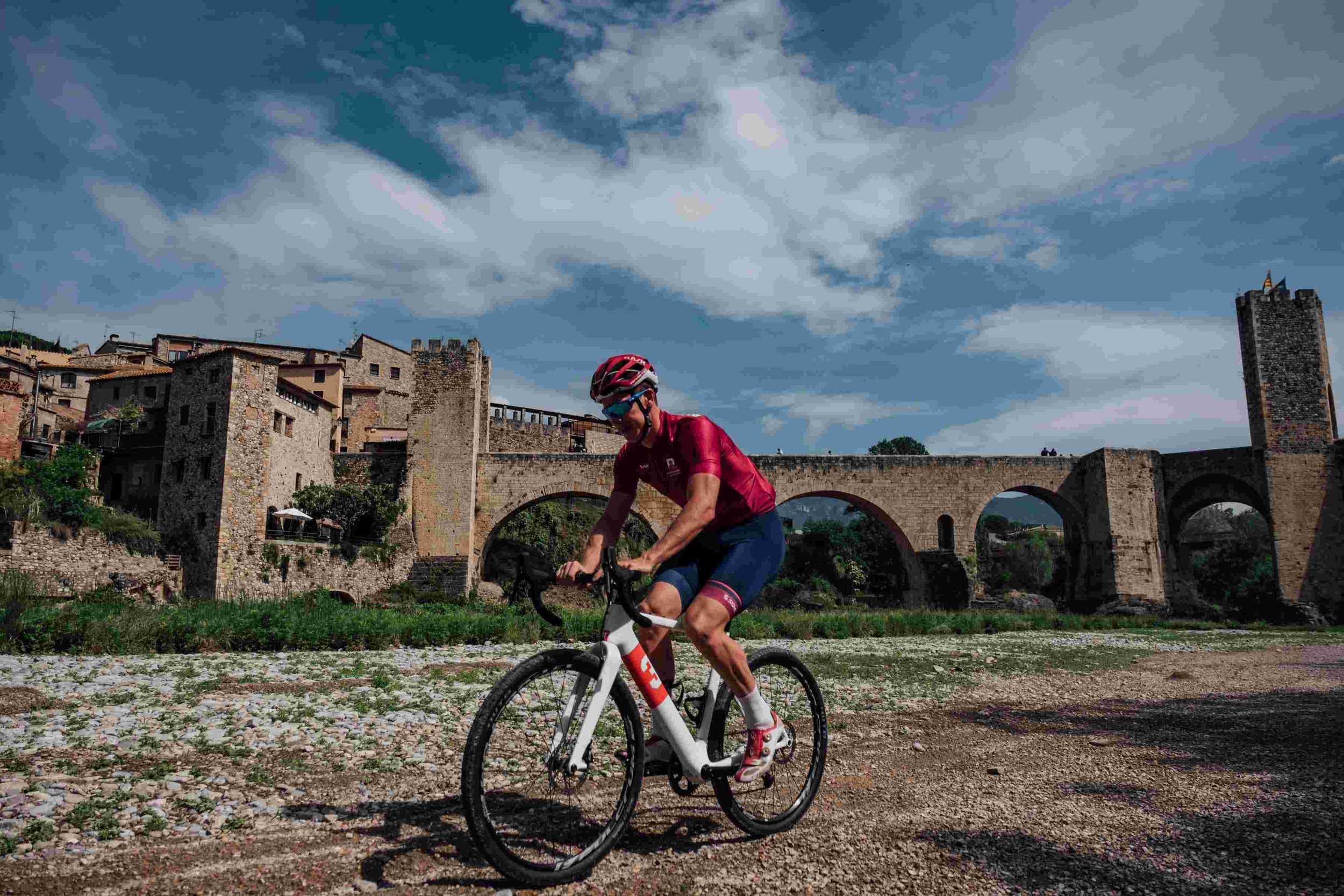 Girona Cycling Gravel Riding