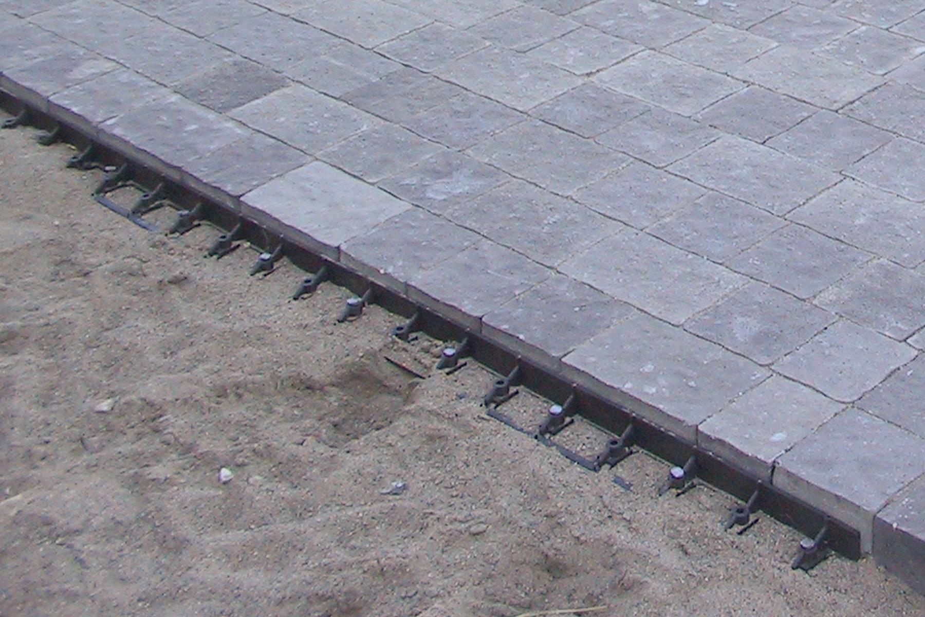 Paving-stone-spikes.jpg