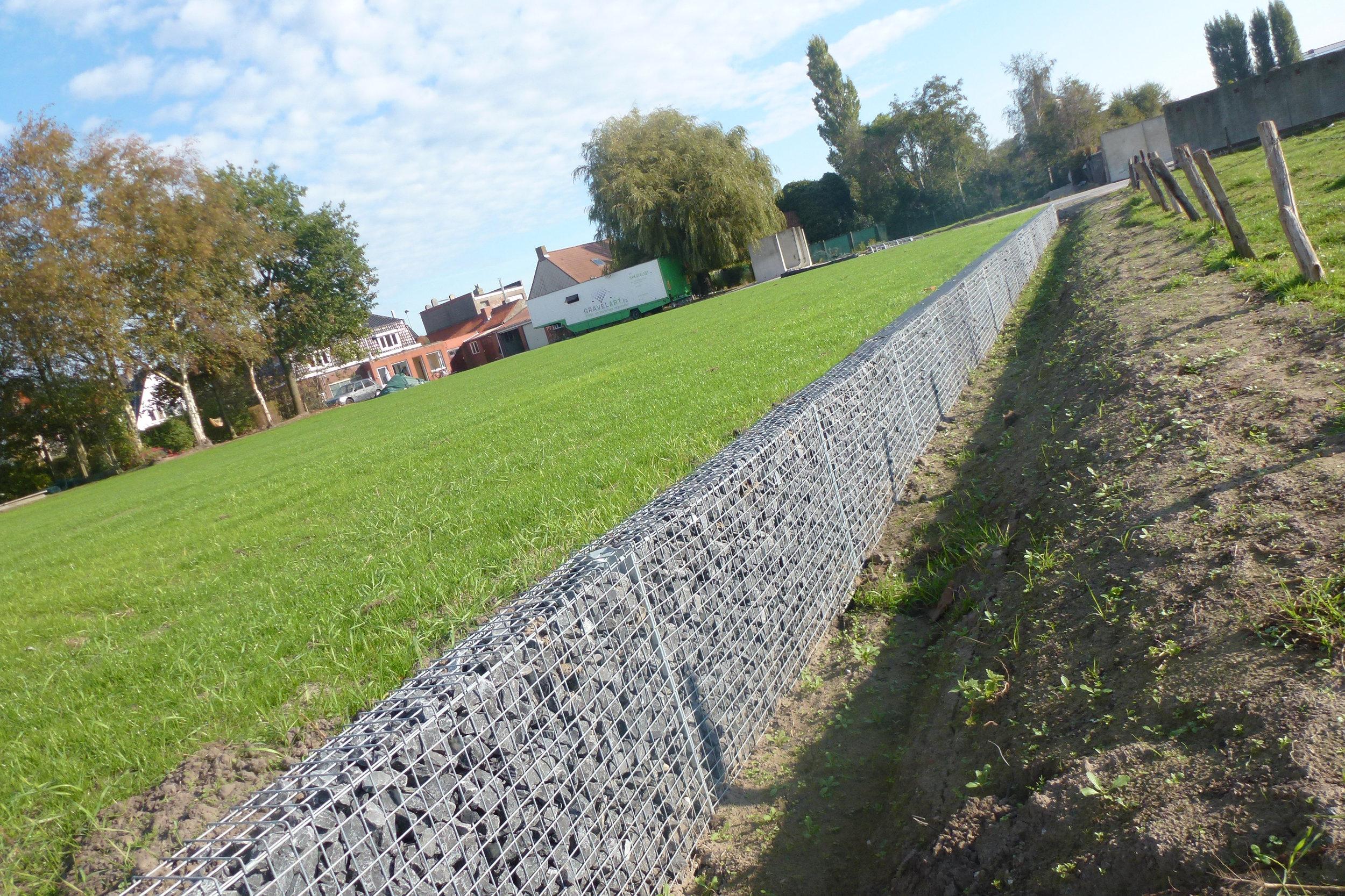 Ecco-fence-Pro-100.jpg