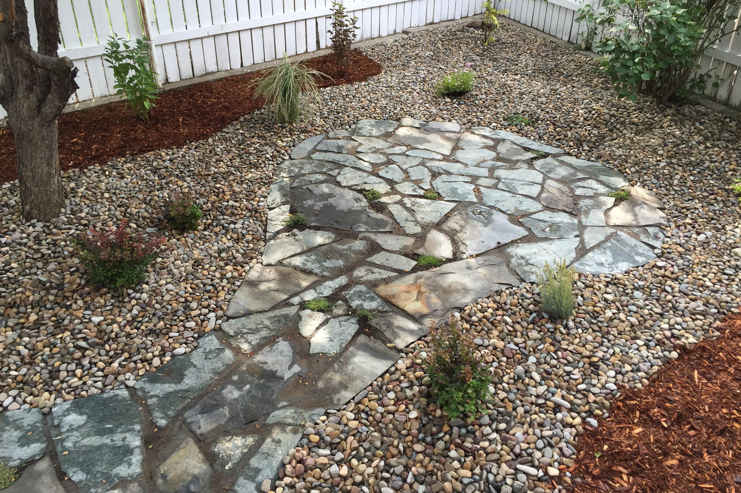 flagstone-path-4.jpg