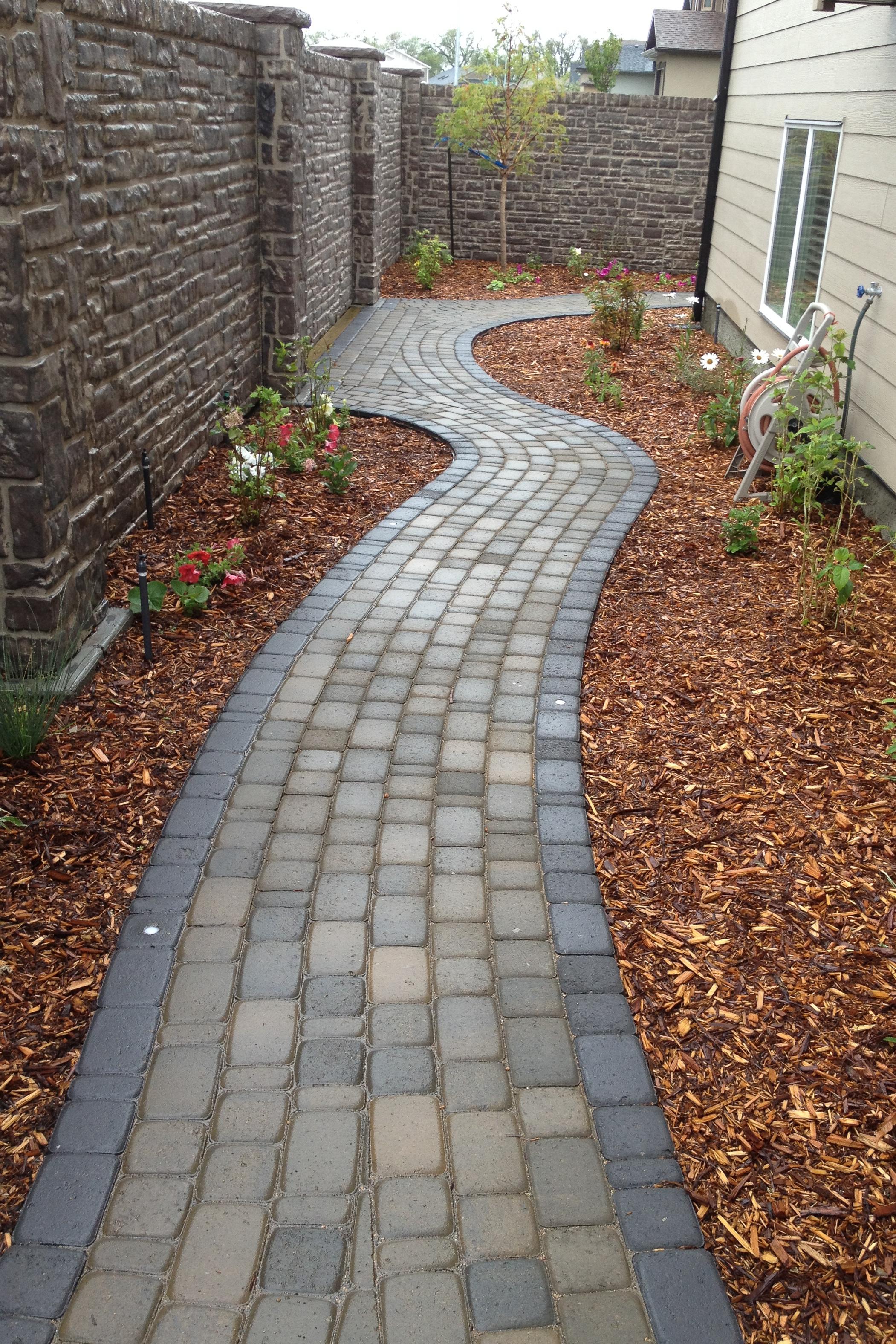 sidewalk-curved-2.jpg