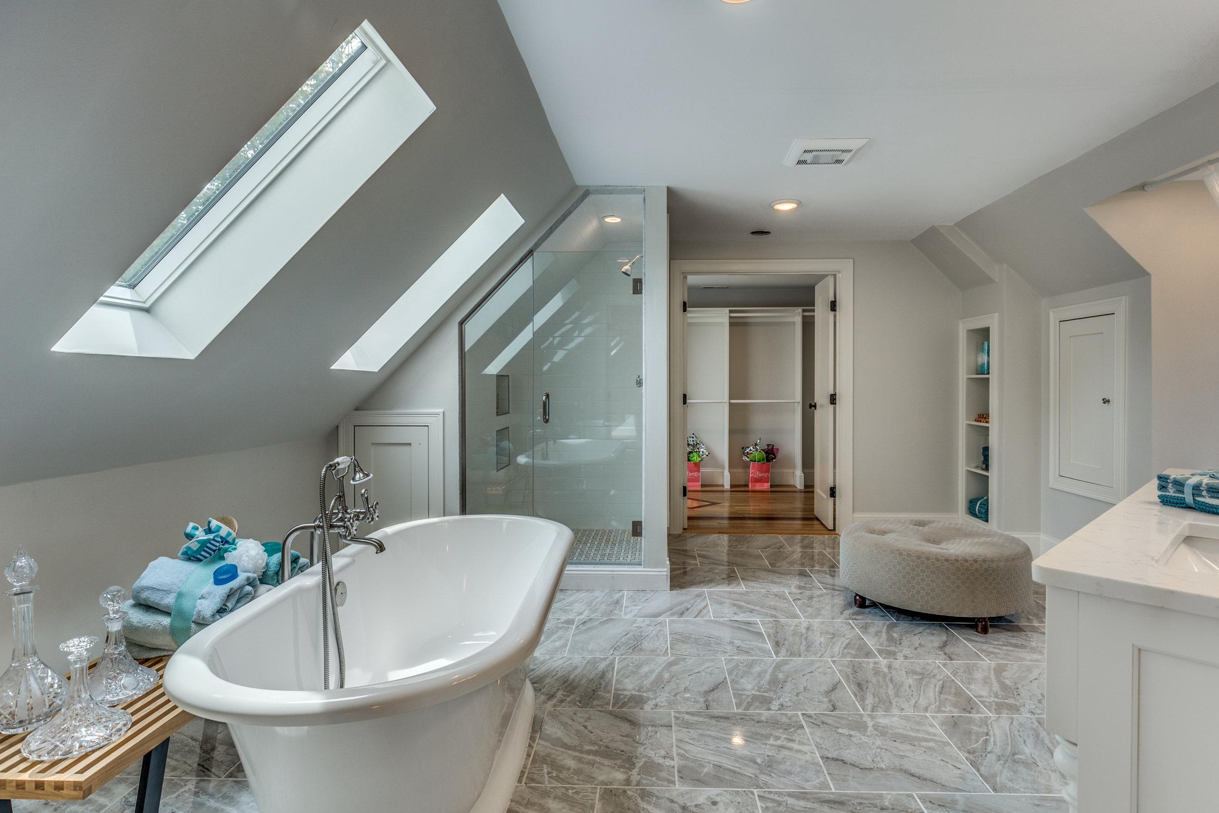 30_Bathroom-5.jpg