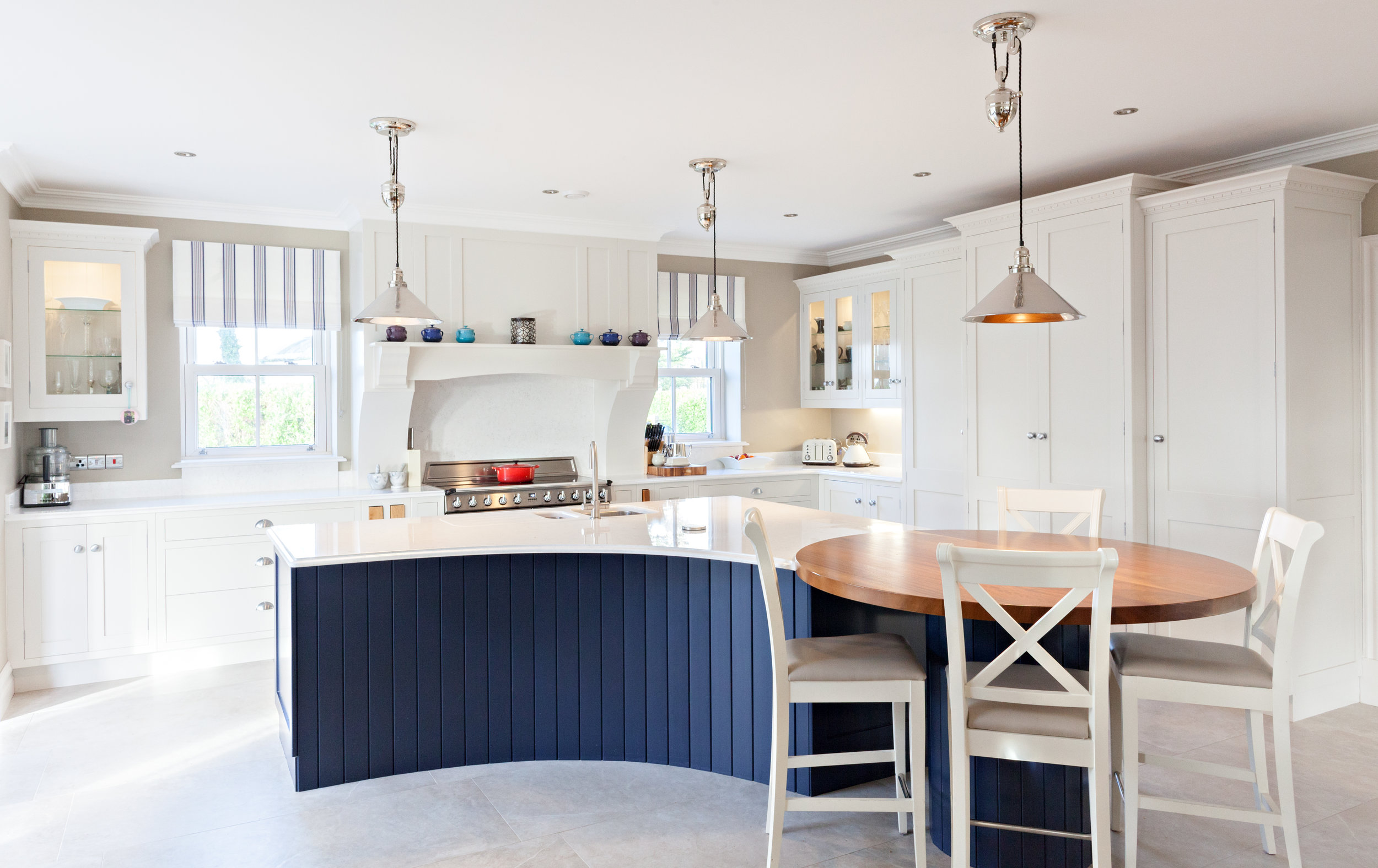 LeeReeve-Kitchen-Painter-Cork-Ireland-Munster-FinishedLuxuryKitchen.jpg