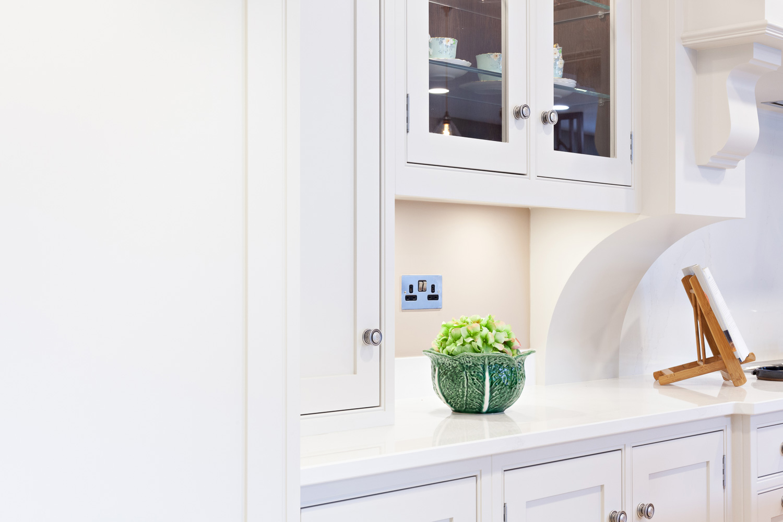 Lee-Reeve-Luxury-Kitchen-Painter-01.jpg