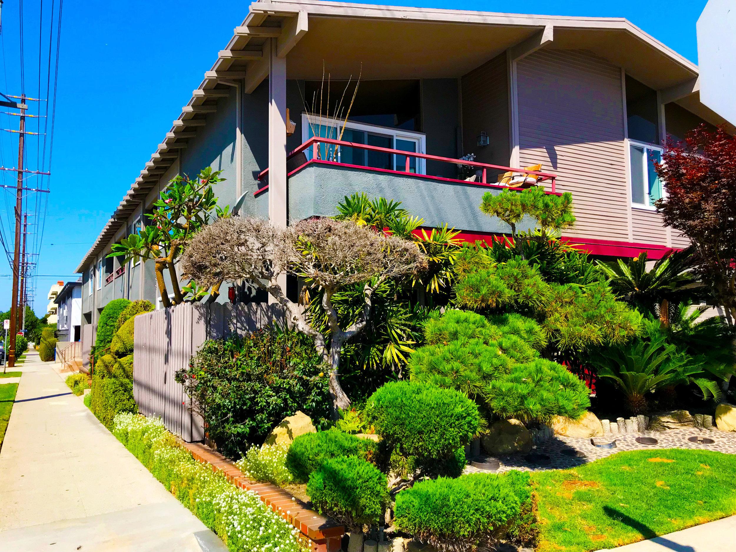 Multifamily-1751-Colby-Avenue,-Los-Angeles.jpg