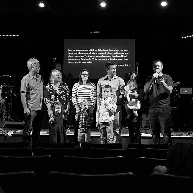 We had a great time worshipping as one big church family this past Sunday! This 📸 of three generations reading scripture together is really what it's all about! #familyservice #makingdisciples