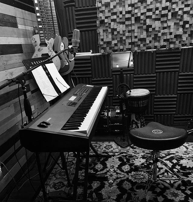 Producing a full-length album for  @luckytango_music . . . #studiolife #musicproducer #musicproduction #ohiomusic #studioflow #studioporn #dailygrind #universalaudio #presonus #yamaha #dynaudio #recordingengineer #studiotime #focusrite #api #ohiomusic #columbusmusic #protools #cubase #studioone