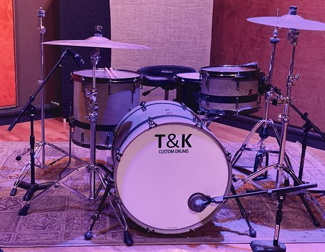 Another great session late last night. And we received this amazing @tandkcustomdrums kit yesterday, available for every band who records over the next 6 weeks. Message me for rates. . . . #studiolife #musicproducer #musicproduction #ohiomusic #studioflow #studioporn #dailygrind #universalaudio #presonus #yamaha #dynaudio #recordingengineer #recordingstudio #studiotime #focusrite #api #ohiomusic #columbusmusic #protools #cubase #studioone #livedrums #realdrums #tkdrums #tandkcustomdrums #soultonecymbals #zildjiancymbals
