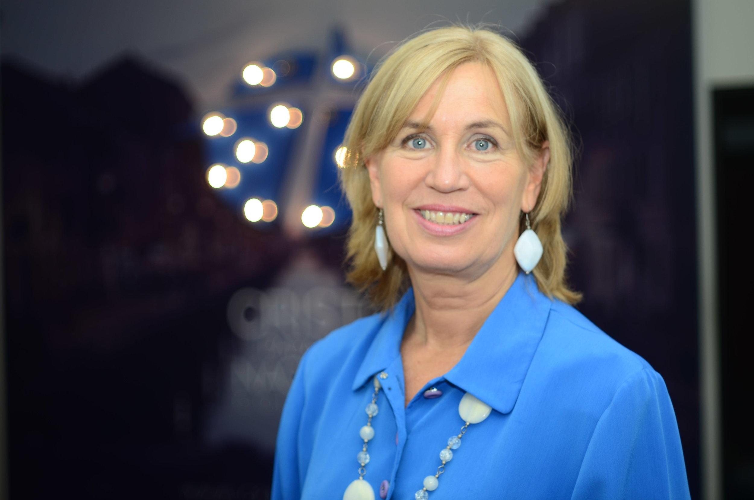 Barbara Manderfield - Dir. Proyectos