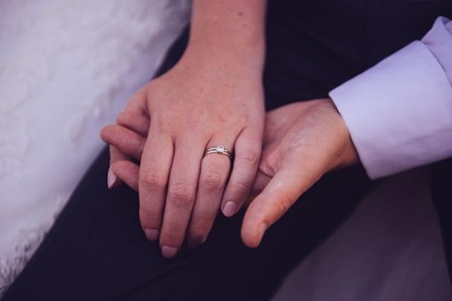 Laura's engagement ring Glasswing Rosen solitaire