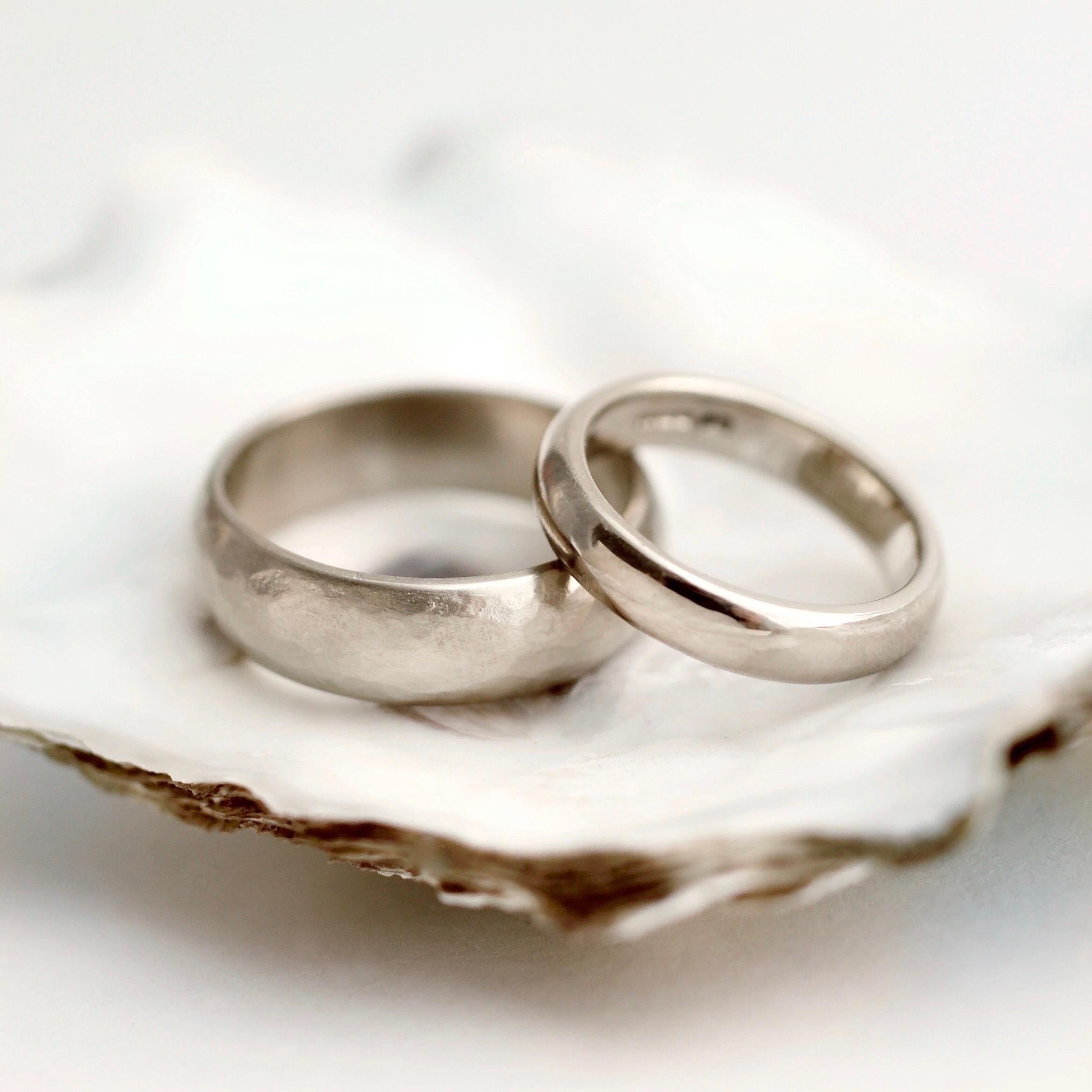 14ct white gold ring set