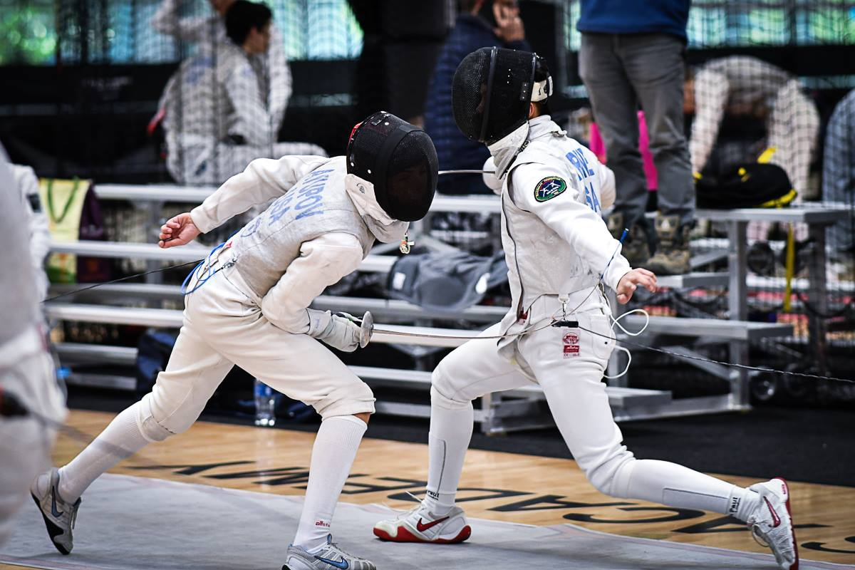 Fencing a Junior Men's Foil bout at RJCC in Thousand Oaks, California